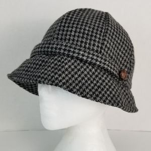 Pure Alfred Sung Houndstooth Wool Blend Cloche Hat